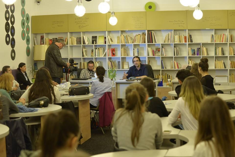O zi în plus pentru lectură: Biblioteca Aman, deschisă și sîmbăta