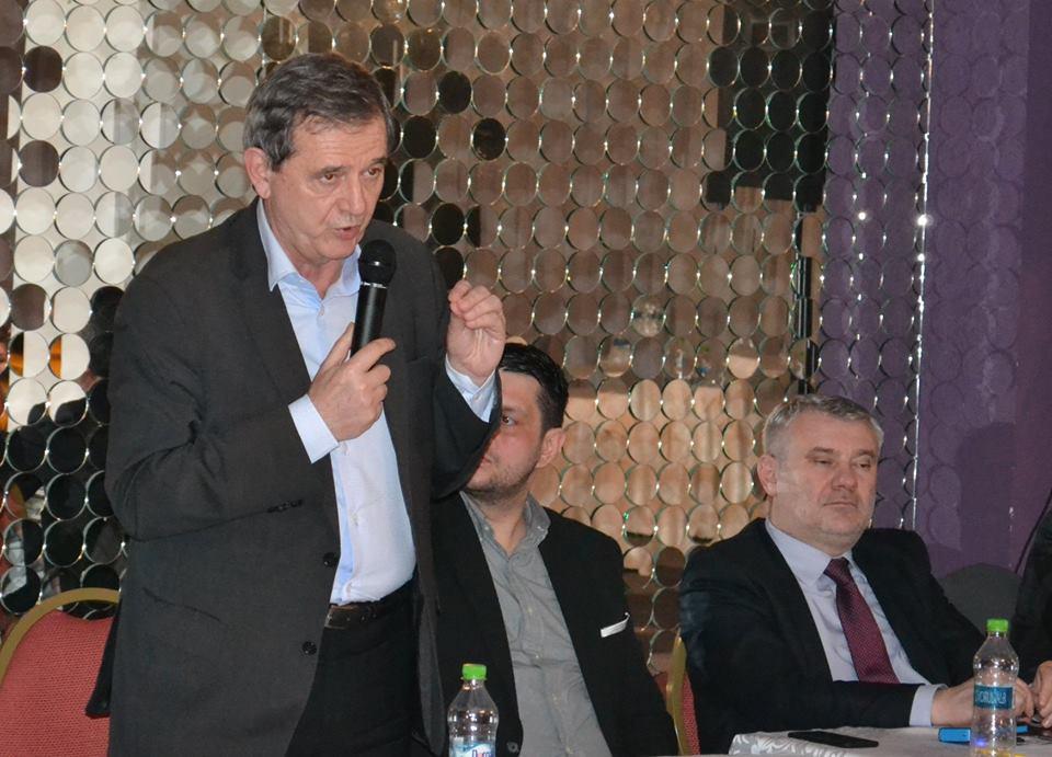 Marian Jean Marinescu va candida pentru încă un mandat de europarlamentar. PNL Dolj a aprobat candidatura